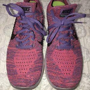 Nike Free RN Flyknit 2018 Running Shoe in Size 11
